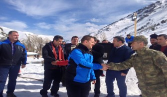 Kaçkarların Eteklerinde Kardan Boğa Festivali Yapıldı