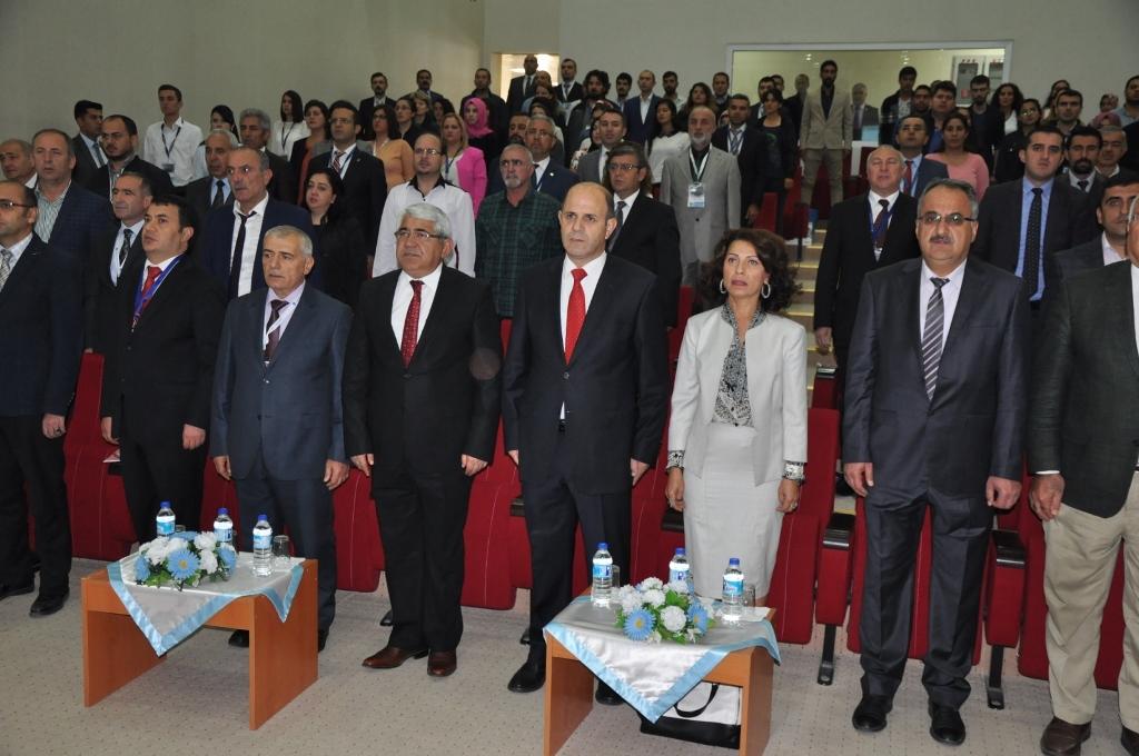 """Rektör Duman, """"I. Uluslararası Kafkasya-Orta Asya Dış Ticaret ve Lojistik Kongresi'nde"""